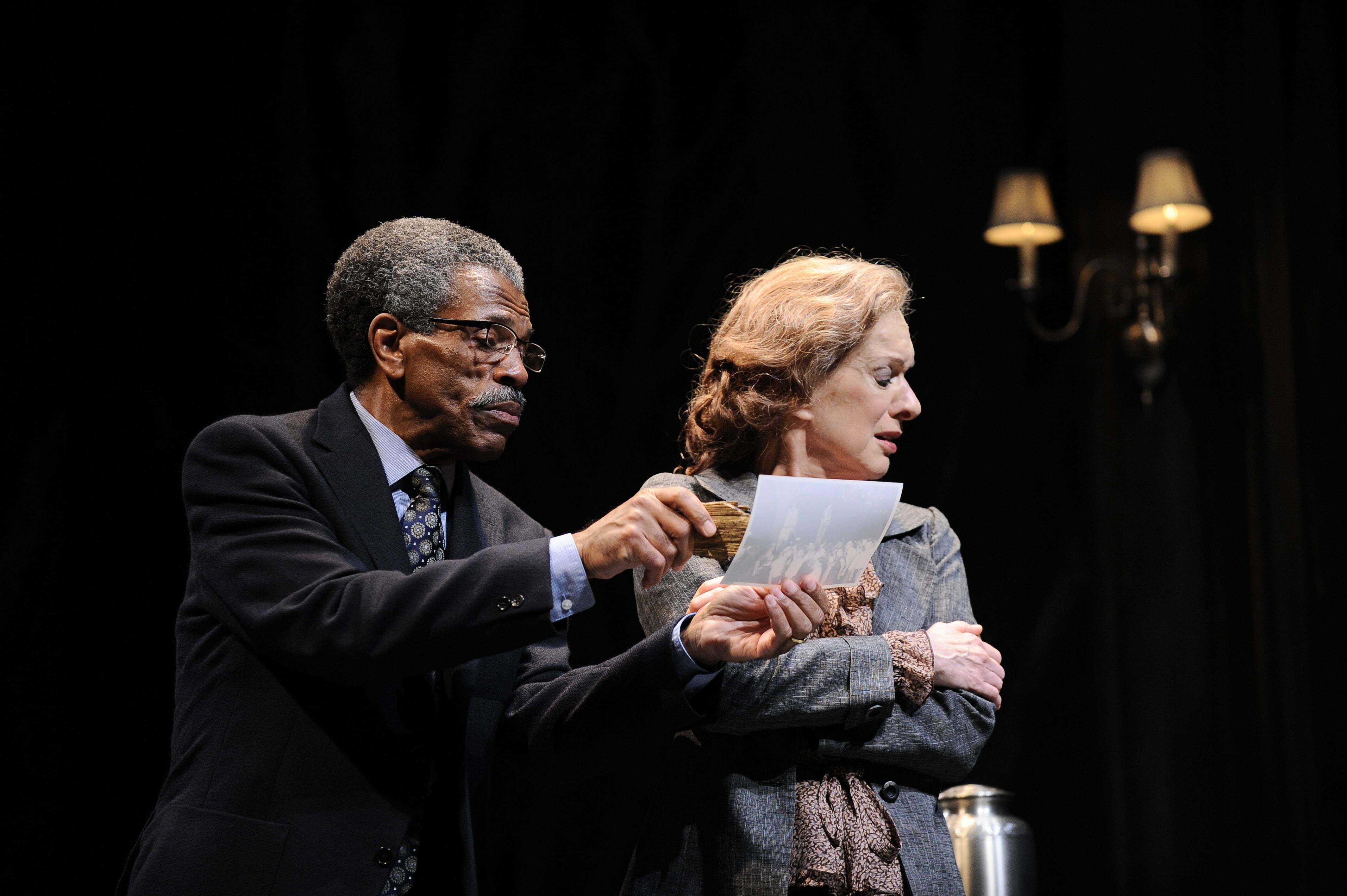 Andre Deshields Linda Kimbrough Theatre Reviews